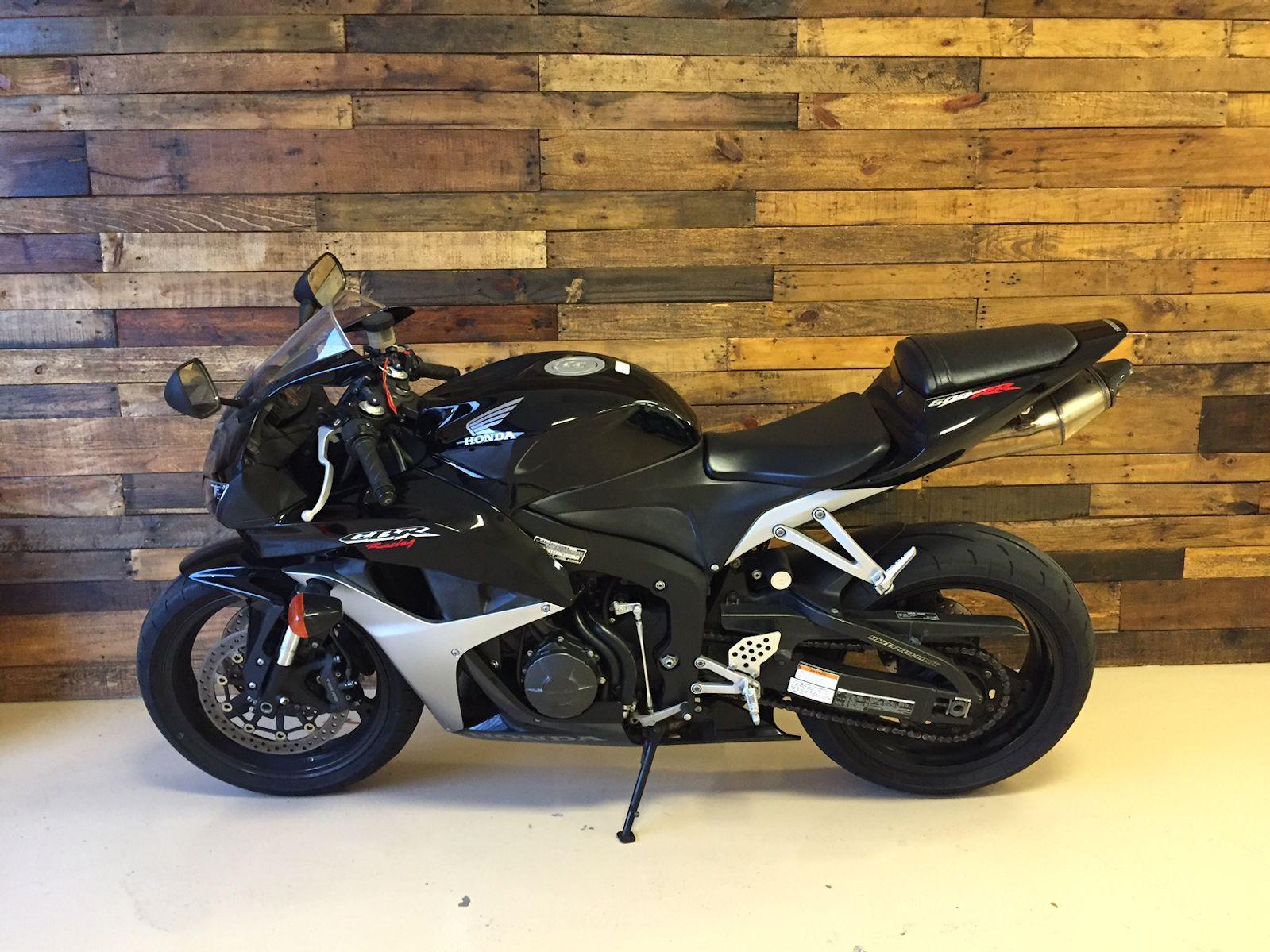 Honda CBR Black and Silver