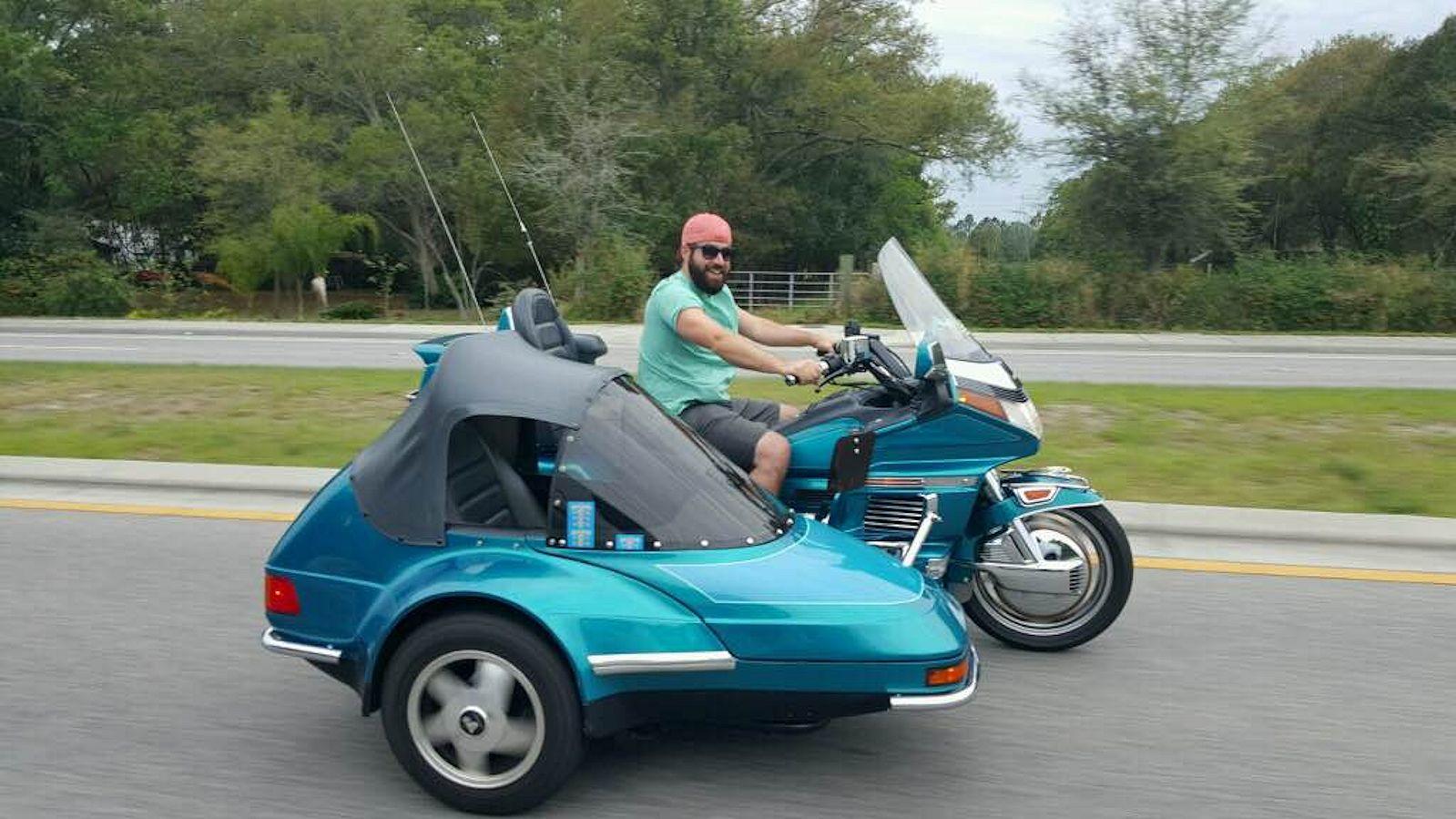 Honda Goldwing Sidecar Teal